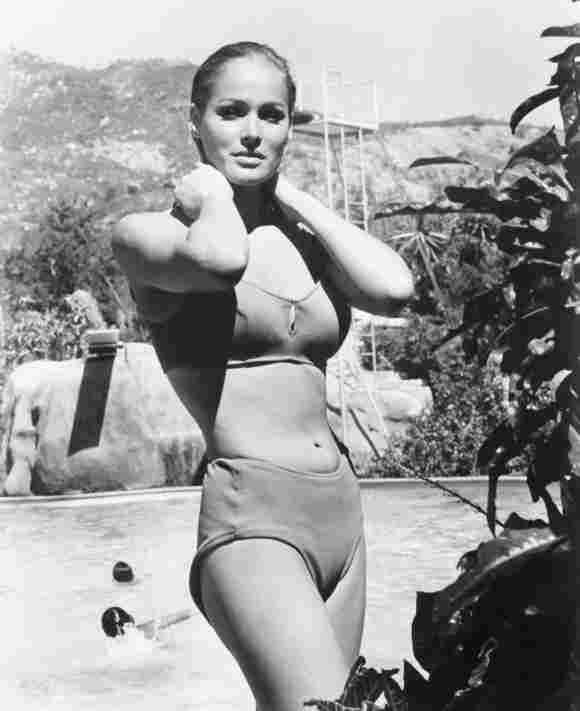 FUN IN ACAPULCO, Ursula Andress, 1963