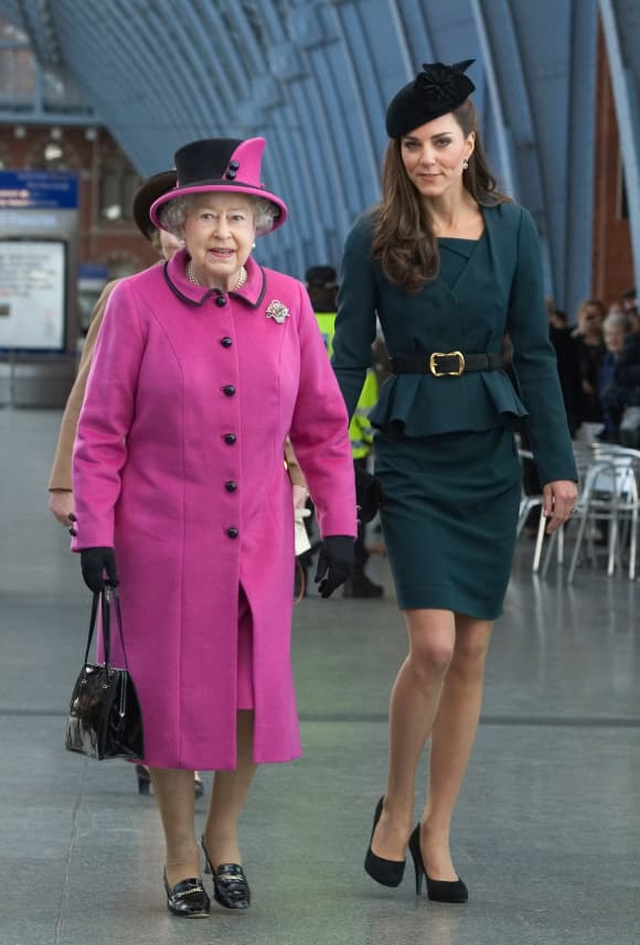12 Interesting Facts About The Royal Family: Queen Elizabeth Duchess Catherine 2021