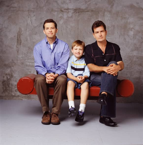 Jon Cryer, Angus T. Jones y Charlie Sheen