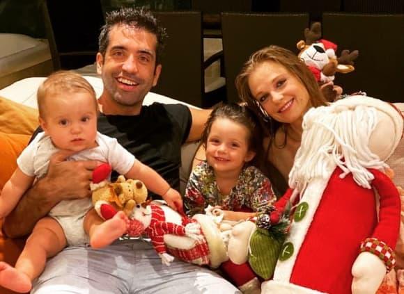 Ana Layevska, Rodrigo Moreira y sus hijos