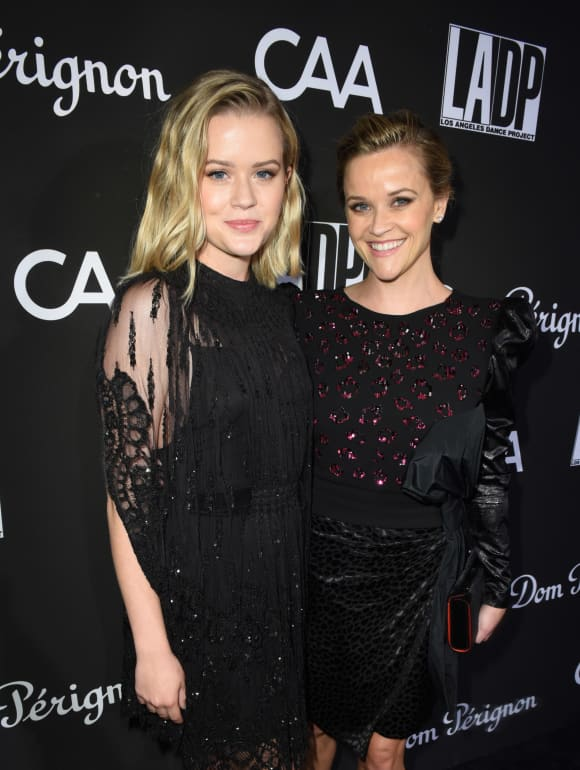 Ava Phillippe y Reese Witherspoon