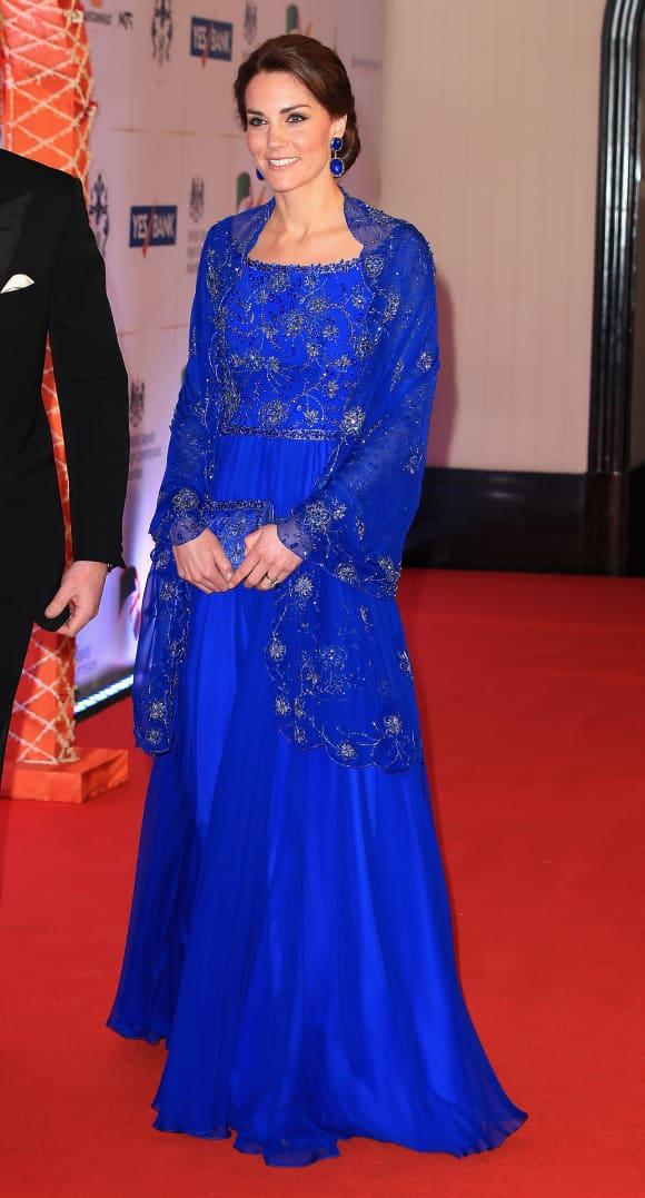 Kate Middleton y el Príncipe William llegan para una gala benéfica inspirada en Bollywood en el hotel Taj Mahal Palace durante la visita real a la India y Bután el 10 de abril de 2016