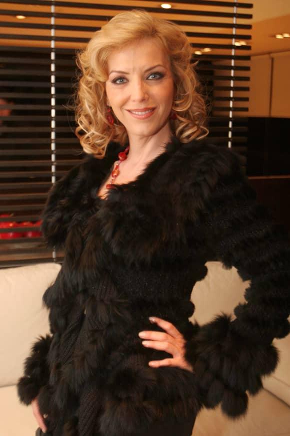 Laura Flores en 2012