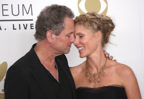 Fleetwood Mac's Lindsey Buckingham Splits From Wife Of 21 Years
