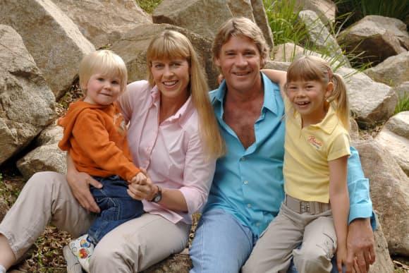Terri, Robert, Bindi Irwin y Steve Irwin en 2006
